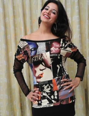 Saloni Aswani sleevefull dress photo