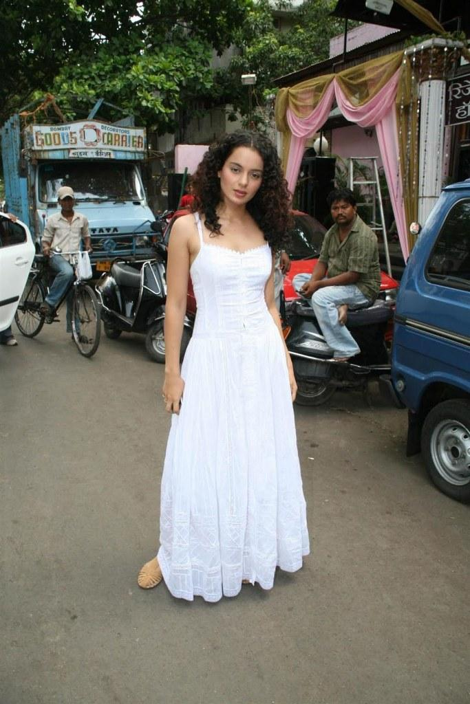 Kangana ranaut white dress cute still