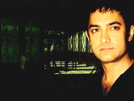 Aamir Khan gorgeous wallpaper