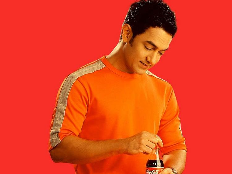 Aamir Khan red background Coca cola ad wallpaper