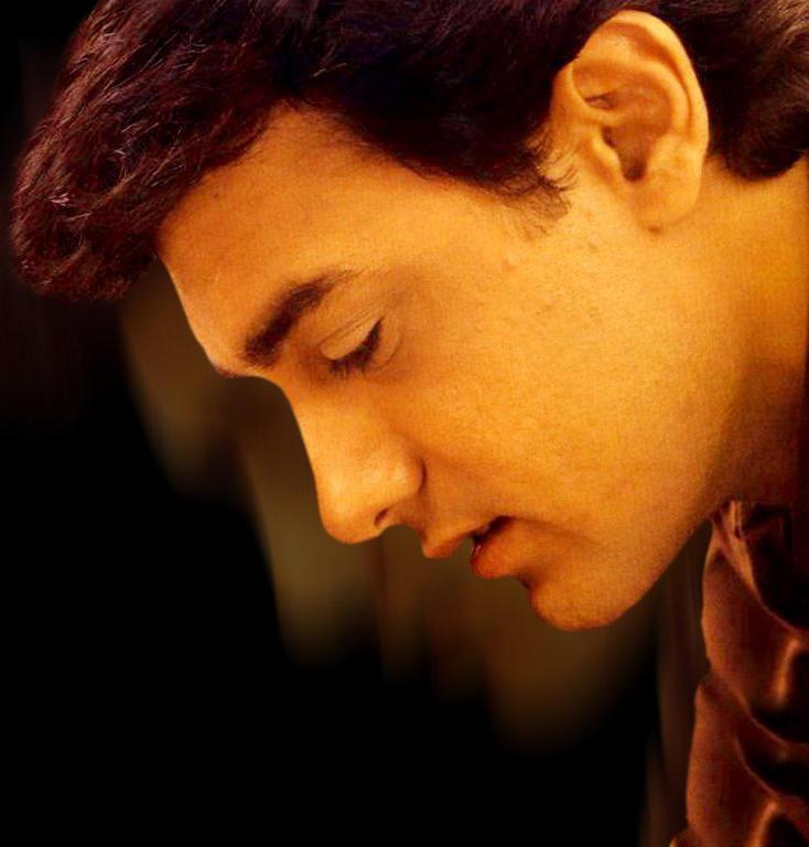 Aamir Khan sizzling hot wallpaper