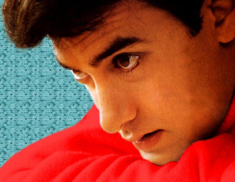 Aamir Khan hot face wallpaper