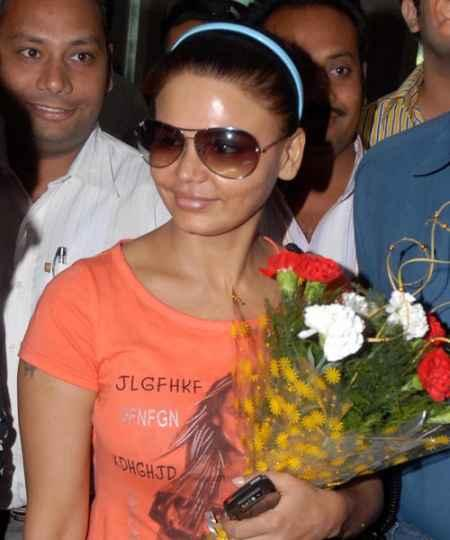 Hot Babe Rakhi Sawant picture
