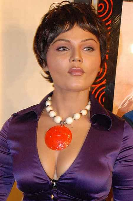 Rakhi Sawant short hair close up pics