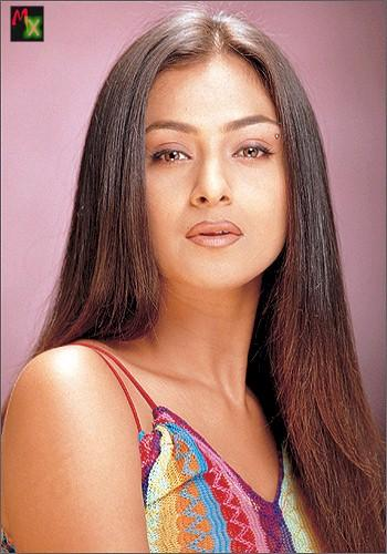 Sizzling Simran latest sexy face wallpaper