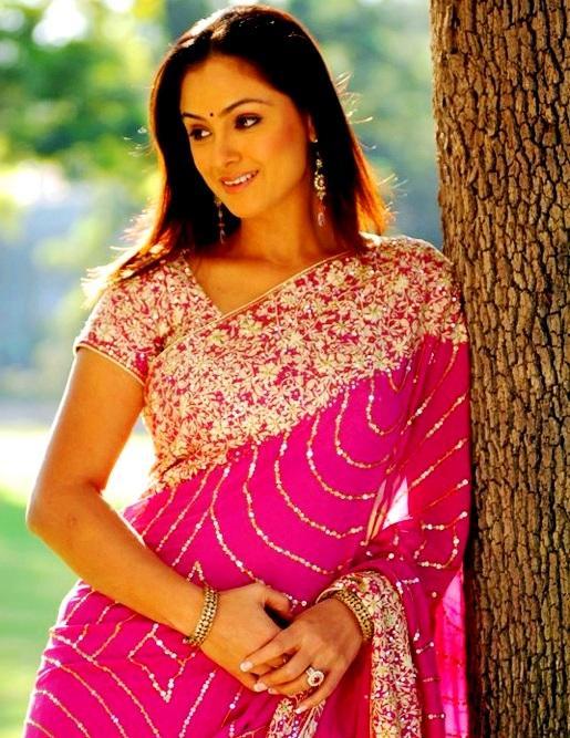 Simran gorgeous pink saree wallpaper