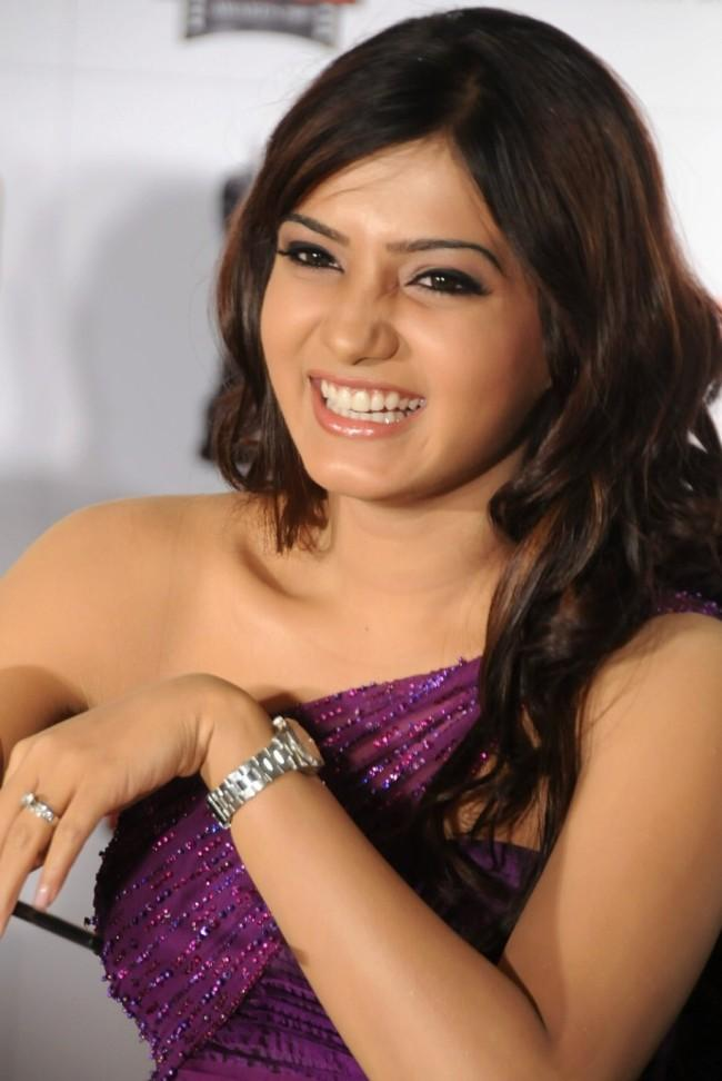 Samantha Ruth Prabhu cute smile pics