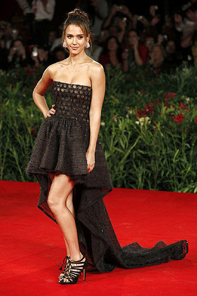 Jessica Alba amazing dress awesome still
