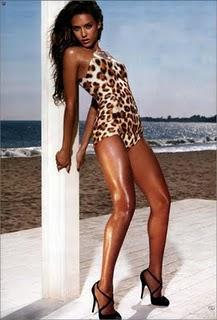 Jessica Alba Hot  glamour wallpaper