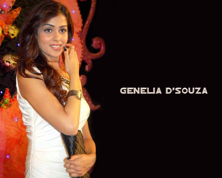 Genelia  D'souza glamourous wallpaper