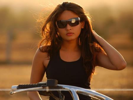 Sneha Ullal stylist look wearing goggles