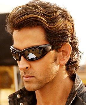 Hrithik Roshan wearing goggles hot pose wallpaper