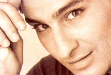 Saif Ali Khan cute lips and eyes wallpaper