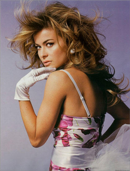 Carmen Electra cute hair style picture