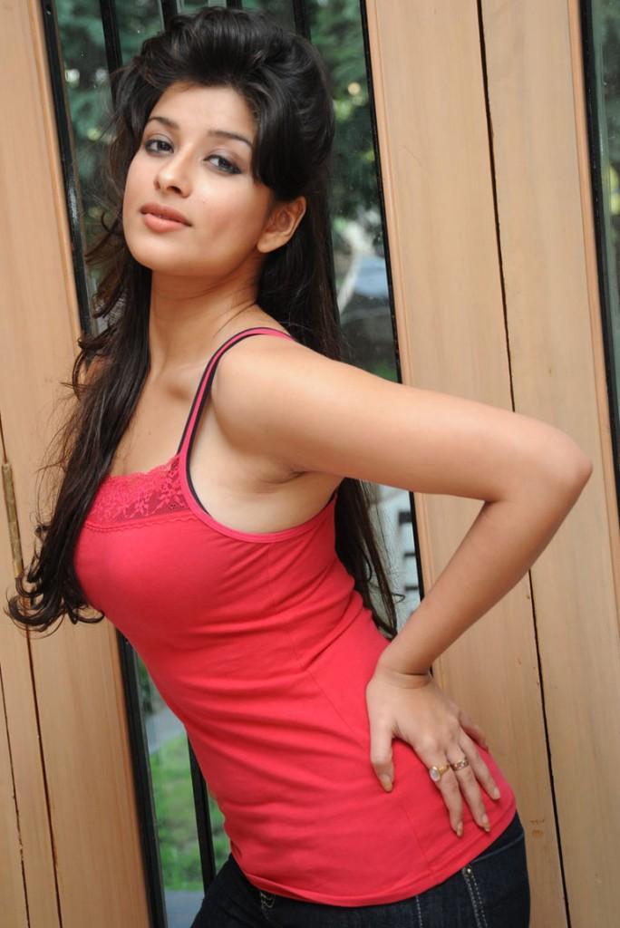 masala Actress Madhurima still