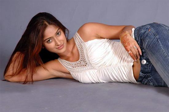 Ileana DCruz sizzling hot photo shoot