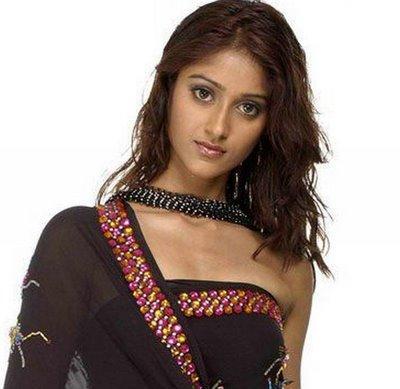 Actress Ileana DCruz amazing look in saree