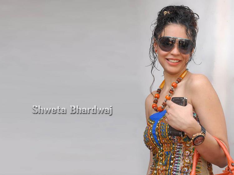 Shweta Bhardwaj sleeveless dress wallpaper pic