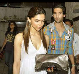 Siddharth Mallya and Deepika Public hot photo
