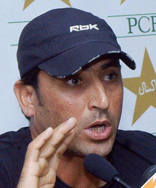 Younis Khan press meet still