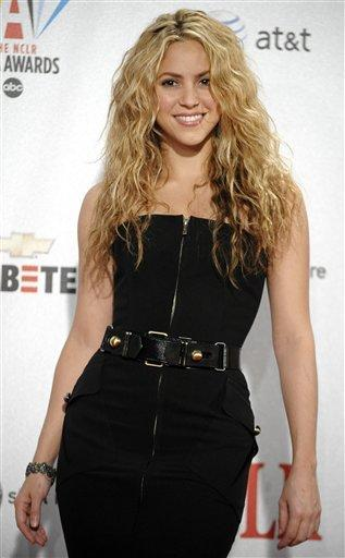 Shakira sleeveless dress sexy photo