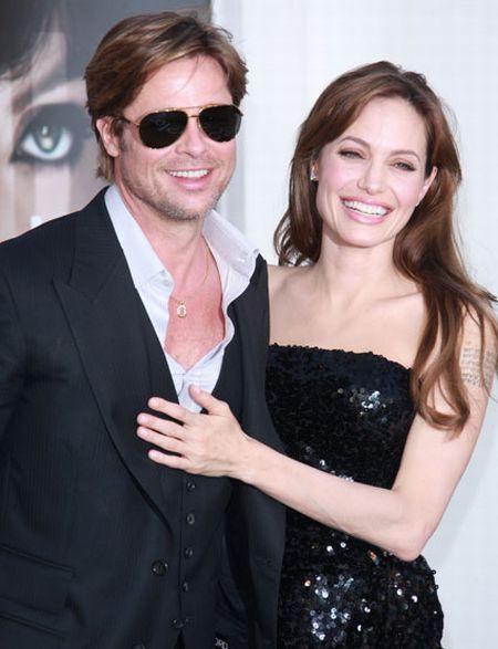 Angelina jolie sleeveless dress beauty still