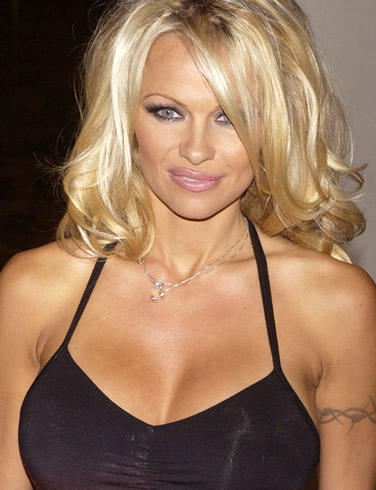 Pamela Anderson black color dress glamour photo