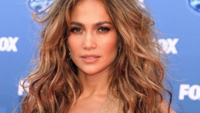 Jennifer Lopez sexy face look