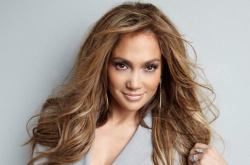 Jennifer Lopez romantic photo