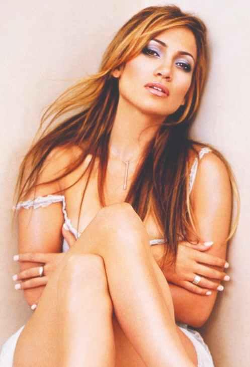 Jennifer Lopez sexy and spicy pose for photo shoot