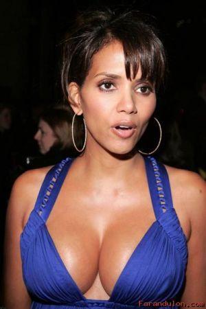 Halle Berry open boob blue color dress still