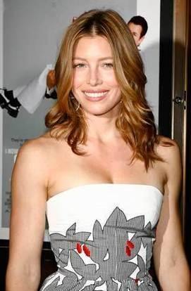 Jessica Biel sleeveless dress sweet smile photo