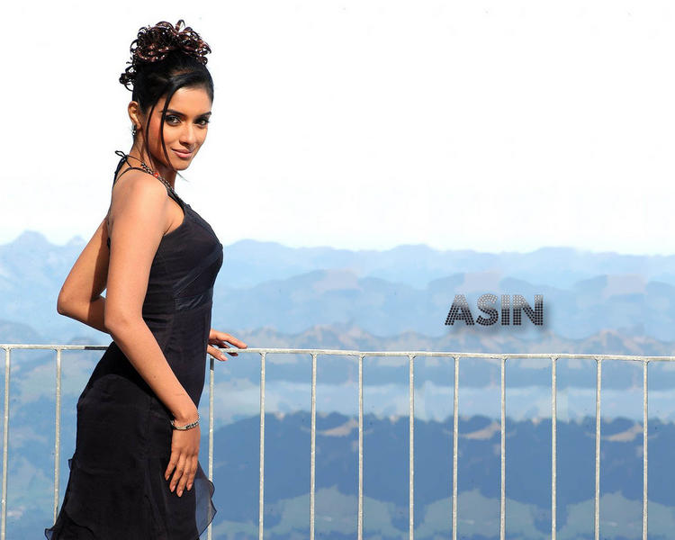 Cute actress Asin black hot wallpapers