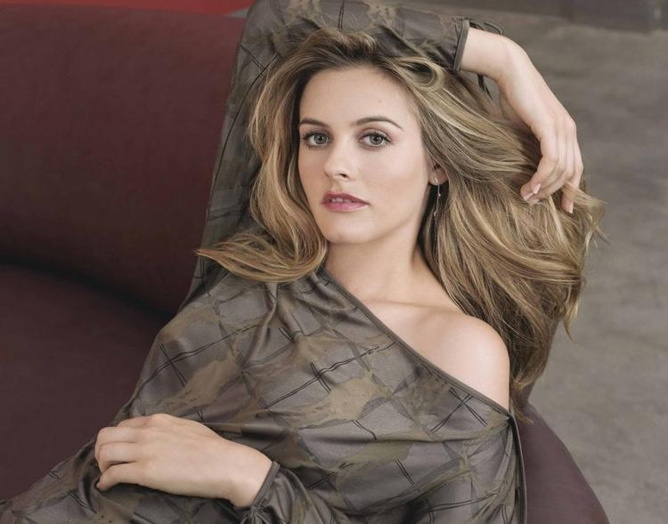 Hollywood actress alicia silverstone very hot image