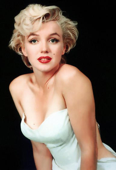 Marilyn Monroe hair style red lips wallpaper