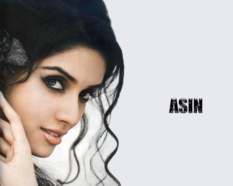 Asin Thottumkal sexy eyes glorious wallpaper
