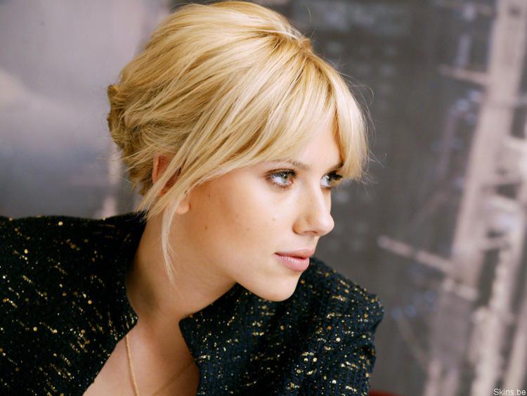 Scarlett Johansson hot pics