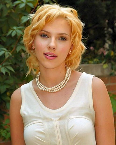 Scarlett Johansson brown hair picture