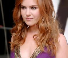 Isla Fisher cute face brown hair still
