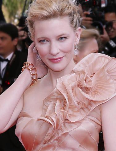 Cate blanchett pink color dress still