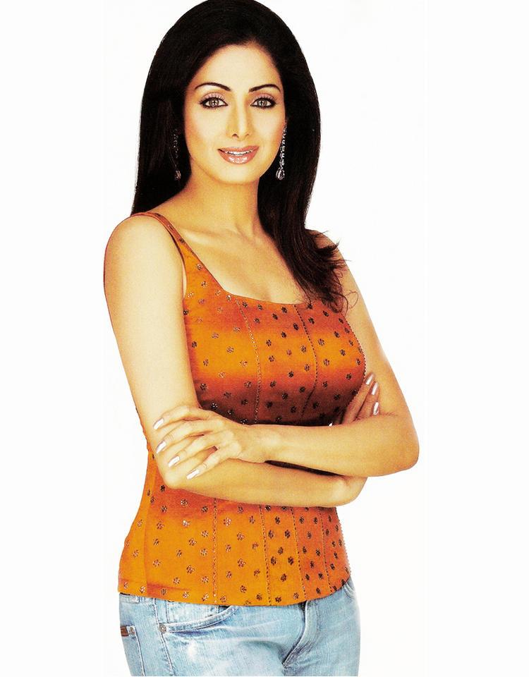 Sridevi kapoor glamour photo shoot