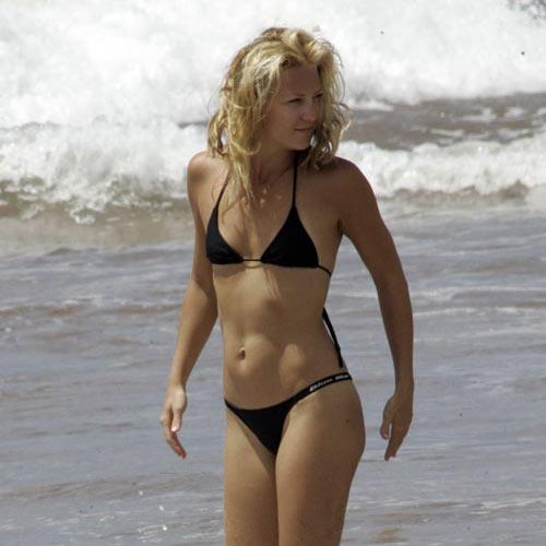 Kate Hudson black bikini hot still