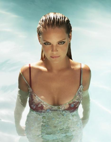 Katherine Heigl swimsuit still