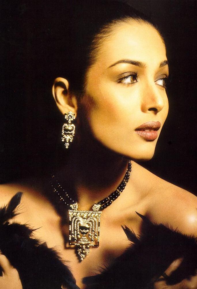 Hot Actress malaika arora Latest wallpaper