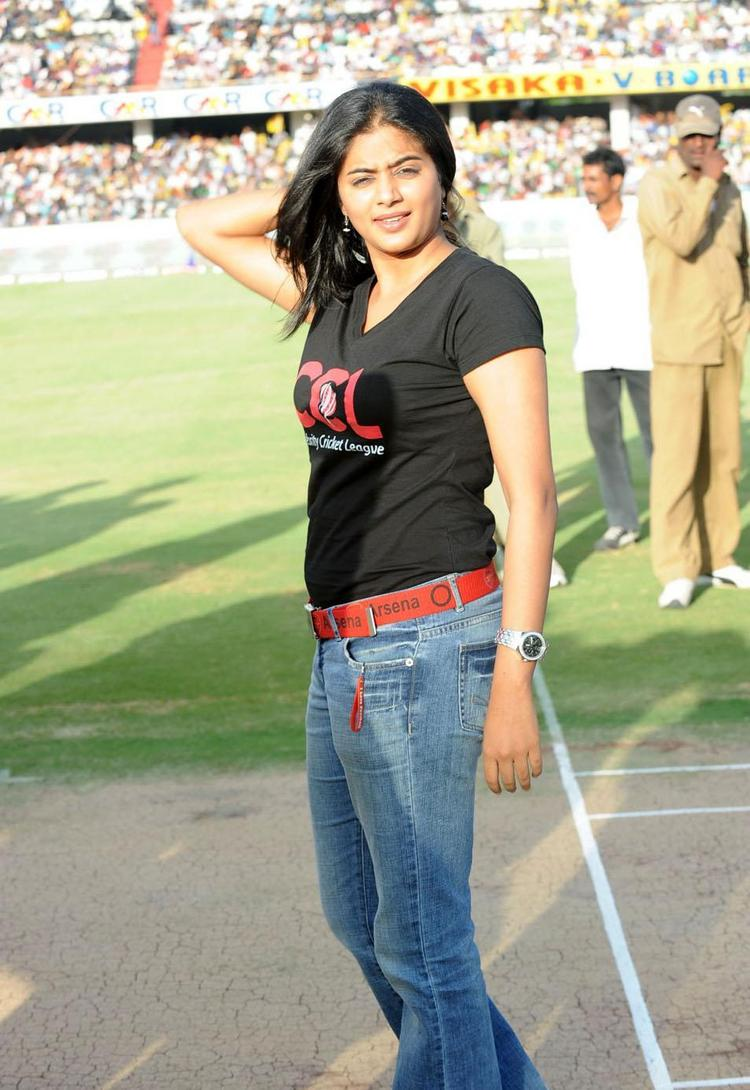 Priyamani At Celebrity Cricket League T Finals