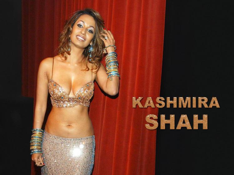 Gorgeous Beauty Kashmira Shah wallpaper