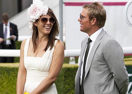 Elizabeth Hurley with Shane Warne latest still