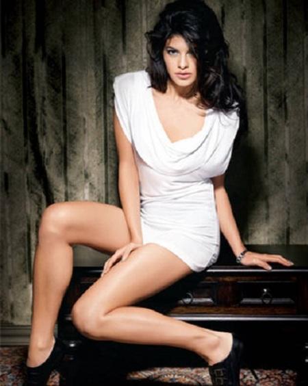 Jacqueline Fernandez white dress photo shoot
