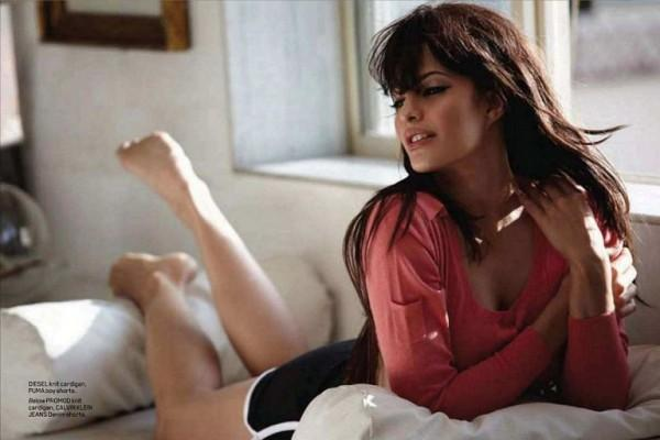 Jacqueline Fernandez Featuring the Maxim India still