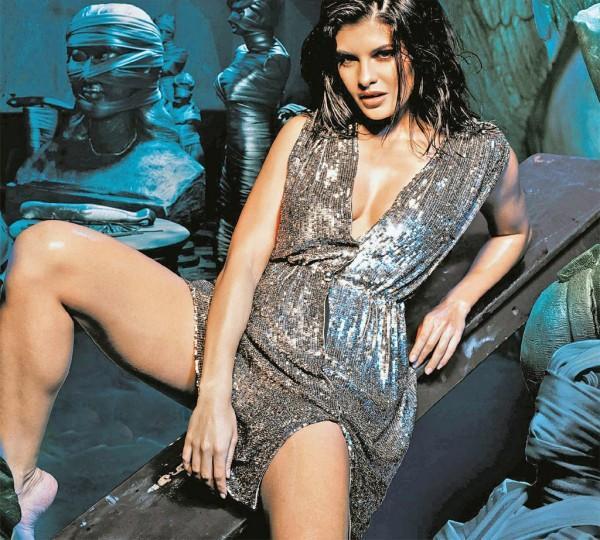 Jacqueline Fernandez  glamourous still